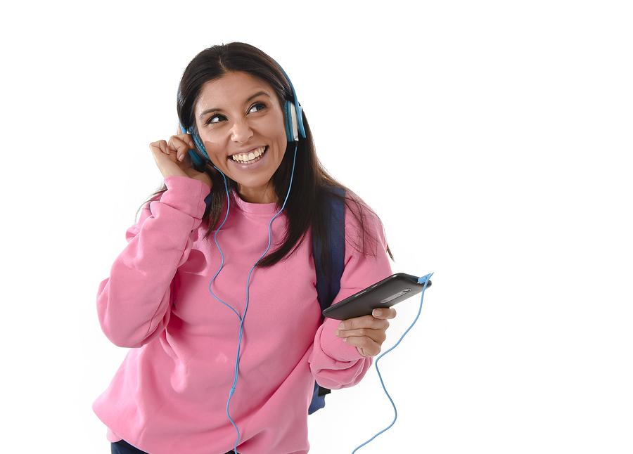 Learning Spanish? 12 Unforgettable Songs | Lingoda - Online