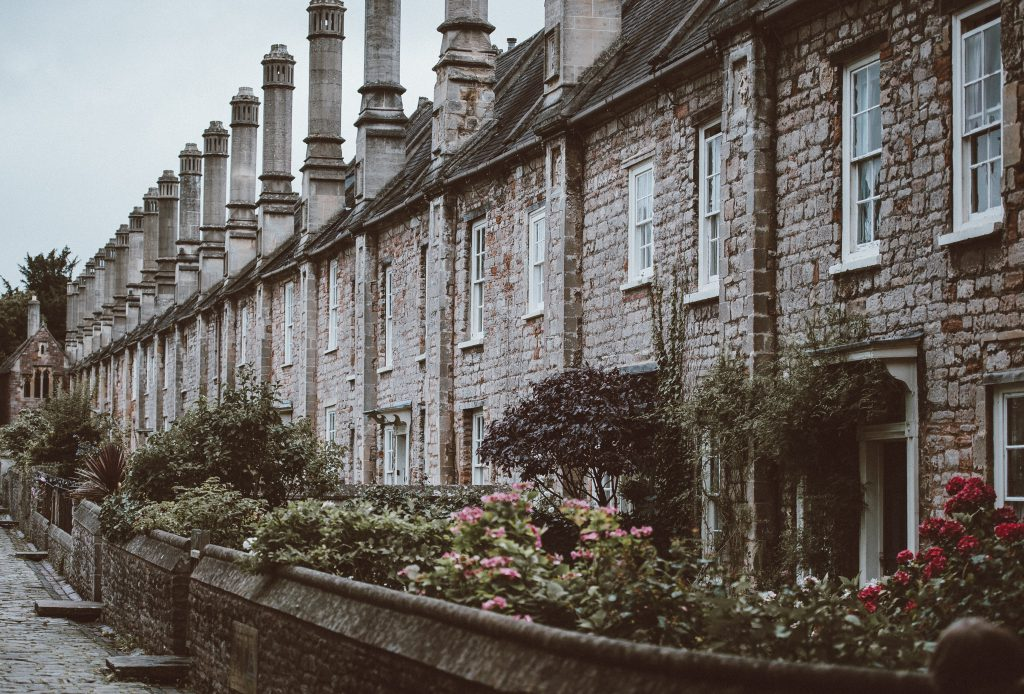 northern english terrace houses in england