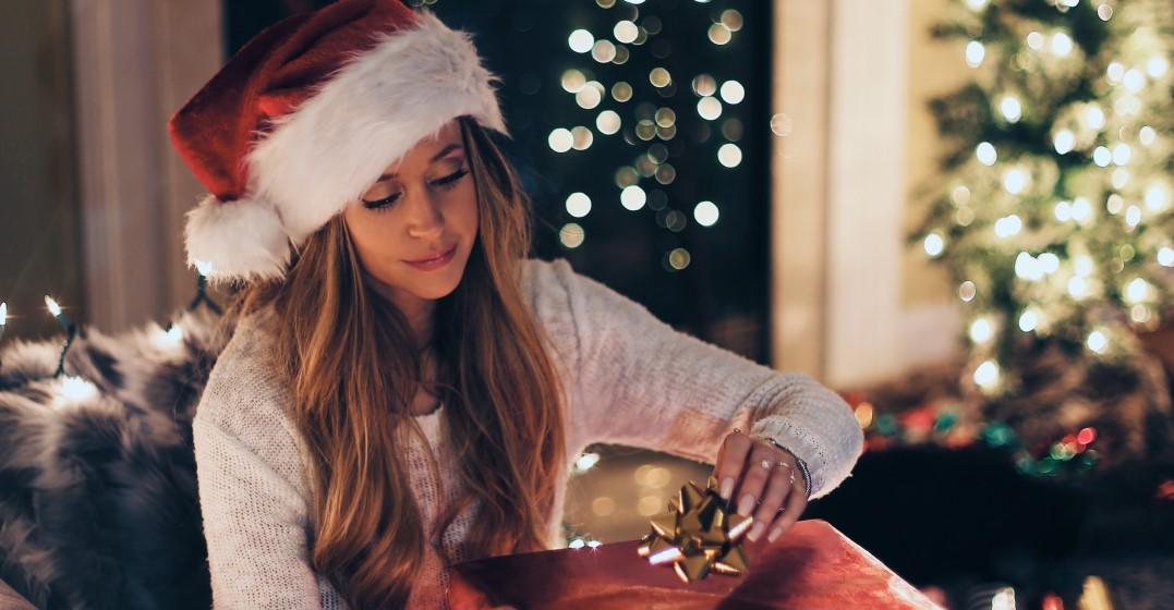 woman celebrating christmas like an american